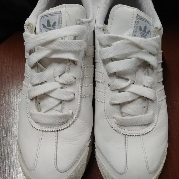the latest fecda 61fca adidas Other - Adidas Leather Samoas